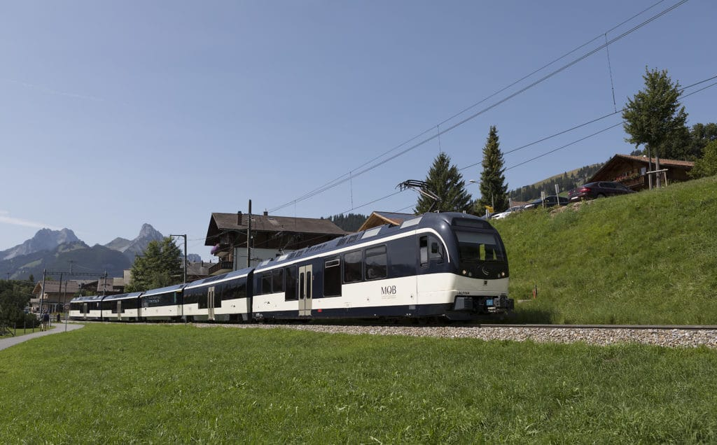 Montreux Oberland Bahn bei Schönried