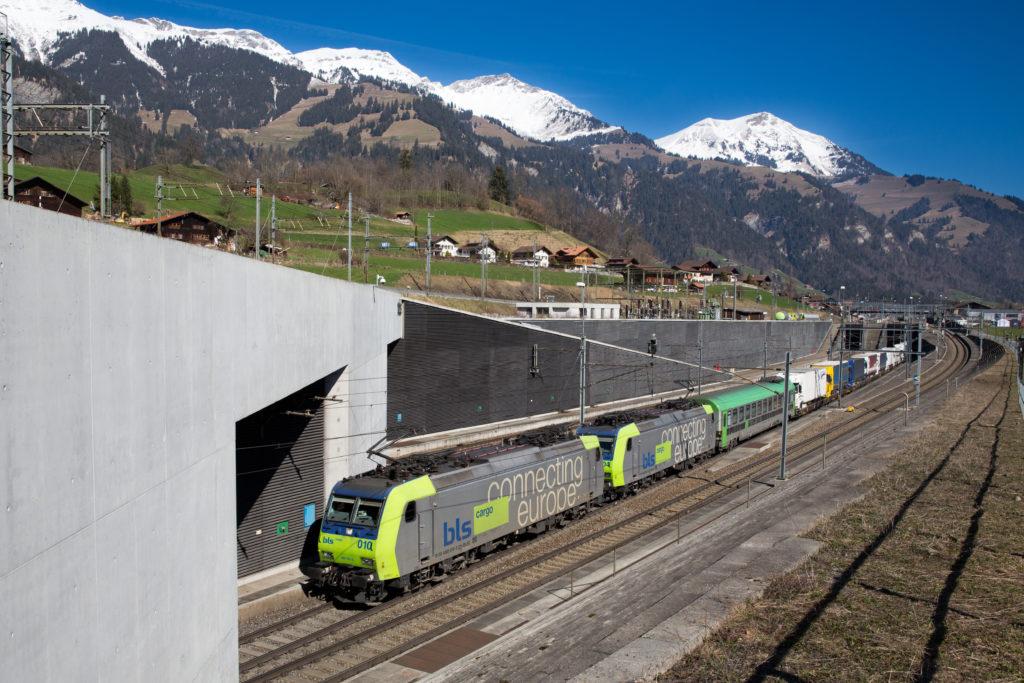 Tunnel de base du Lötschberg